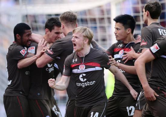 St Pauli 4_2 Regensburg Ryo Miyaichi goal