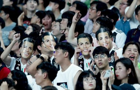 South Korean police raid company involved in Ronaldo no-show