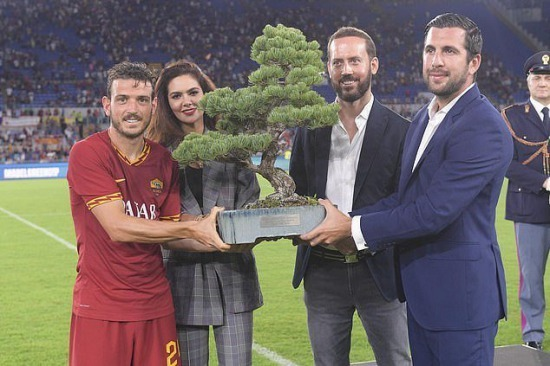 The Serie A club were rewarded with a Bonsai