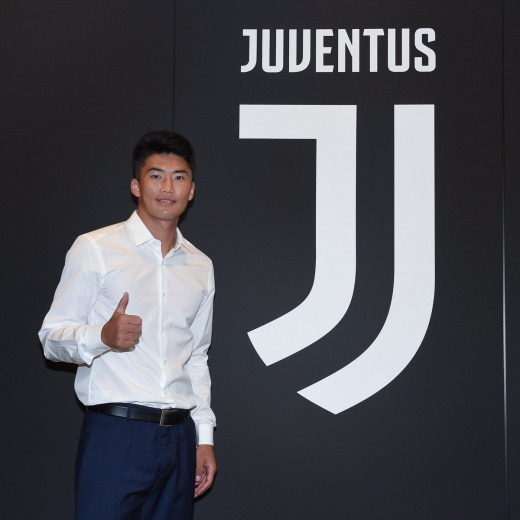 Official Han Kwang Song is a new Juventus player