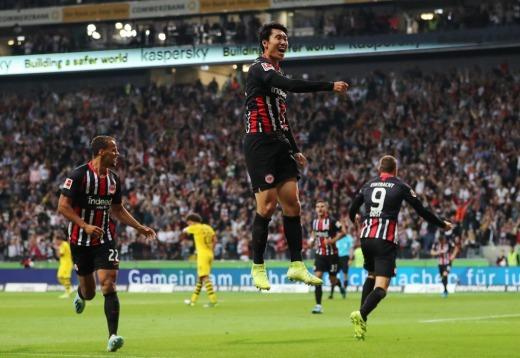 Daichi Kamada helps Eintracht Frankfurt draw with Dortmund