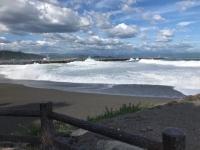 台風の桂浜