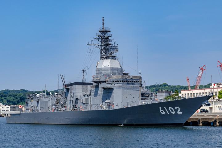 ASE-6102 試験艦あすか 艦首より艦全容@横須賀1
