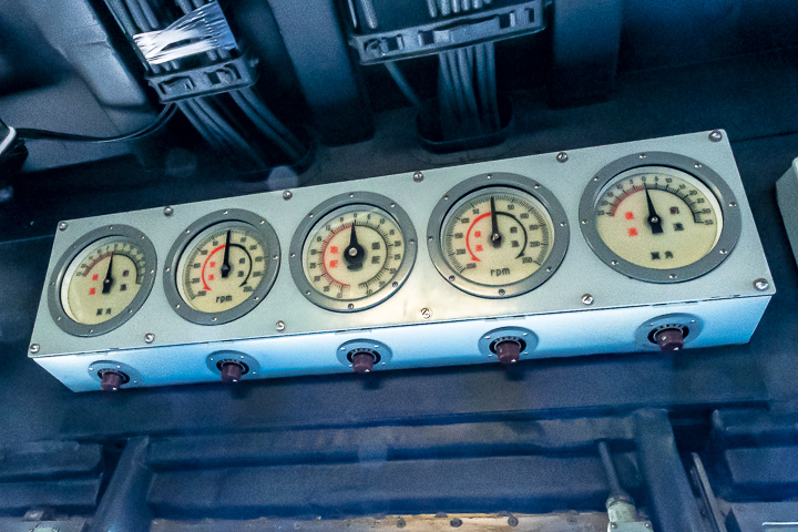 ASE-6102 試験艦あすか ブリッジ内推進機類計器箱