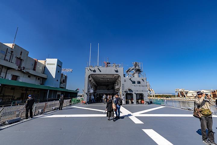 ASE-6102 試験艦あすか 艦尾ヘリコプター飛行甲板