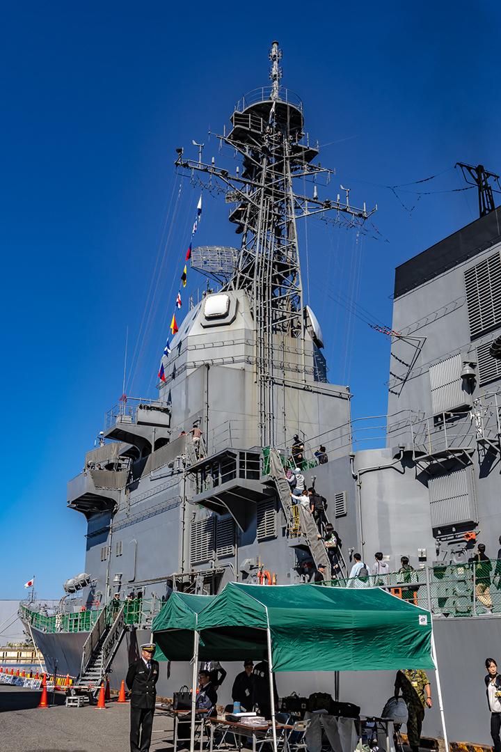 ASE-6102 試験艦あすか 艦前部メインマスト背面