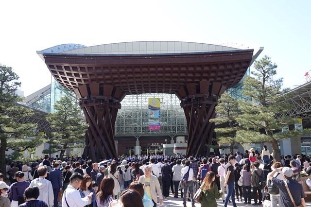20190504-9 金沢駅 (2)