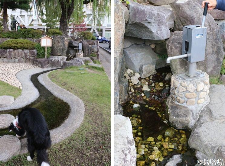 市役所前庭の井戸