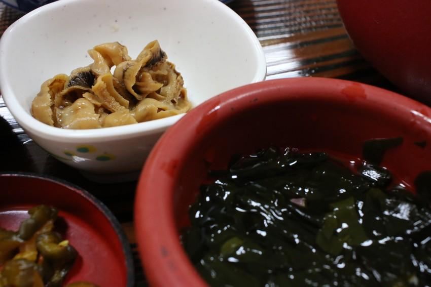山六水産直営食堂 小鉢と漬物