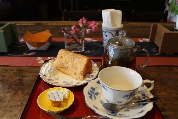 村上紅茶とさくらシフォンケーキセット