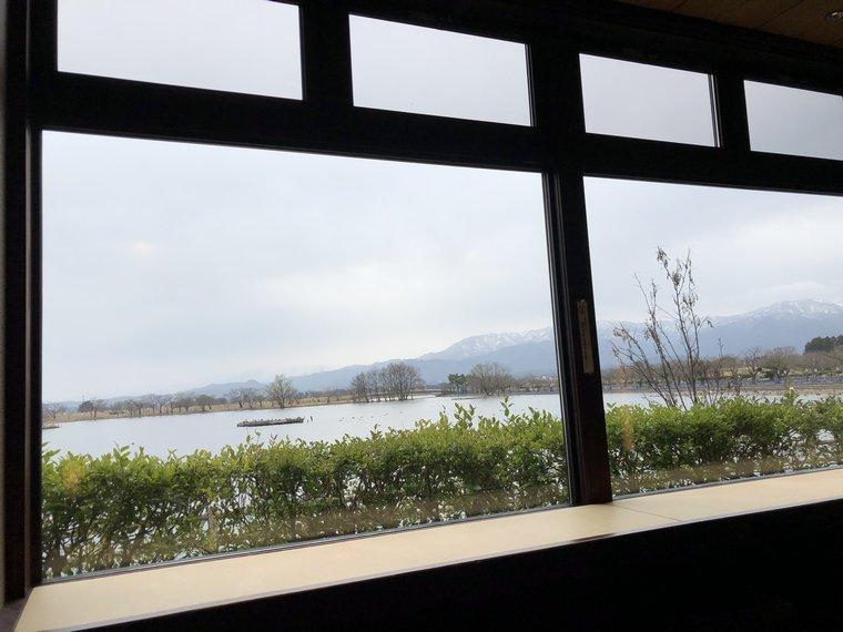 CHOCOLATEI瓢湖店から見える瓢湖