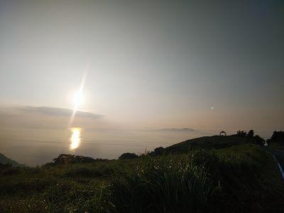 19FD_4相模湾の朝日
