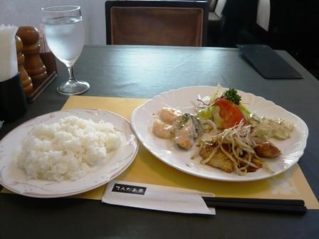 てんだあ亭:本日のランチ;シーフードのクリーム煮、三元豚の生姜焼き