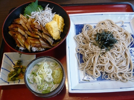 サガミ:焼真穴子丼と麺1
