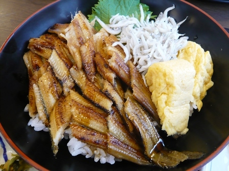 サガミ:焼真穴子丼と麺2
