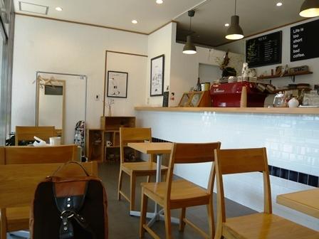 ロウズコーヒー:店内1