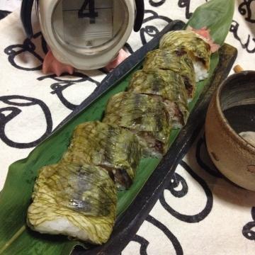 見た目も豪華な秋刀魚寿司_result