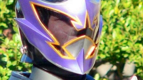 戦隊ヒーロー、マジレンジャーの透け面