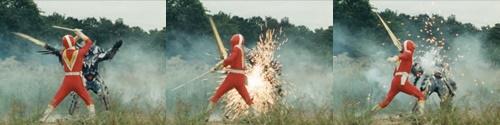 戦隊ヒーロー、ファイブレッドが強化した敵幹部にやられて苦戦。スーツを斬られまくる