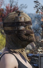 fallout-76-sack-hood-with-straps-2_thumb.jpg