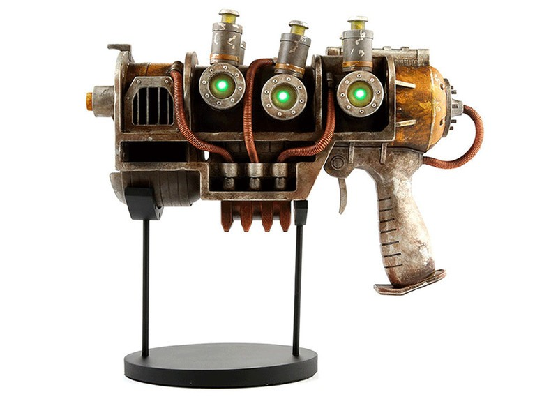 fallout-pistol-replica.jpg