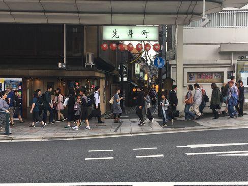 先斗町入り口(四条通り側)_H30.06.15撮影
