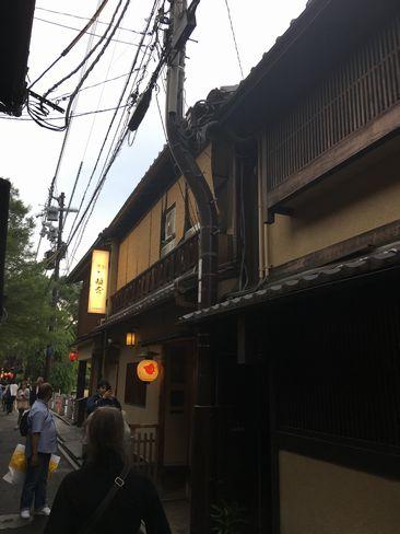 先斗町8本目の電柱_H30.06.15撮影