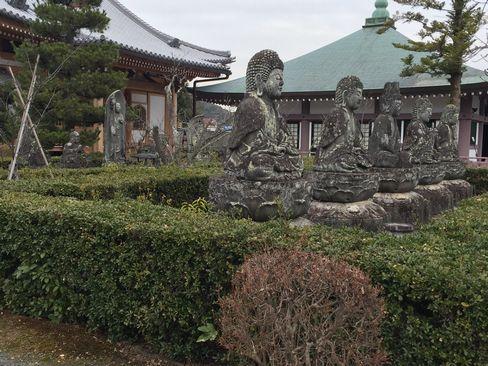 蓮華寺の石仏群_H31.02.09撮影