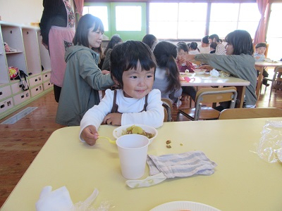 H30支援お芋カレーIMG_6109