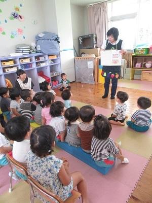 201906乳児誕生会 (2)