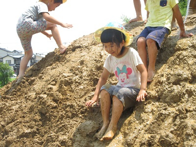 令和元年つき泥んこ遊びIMG_8228