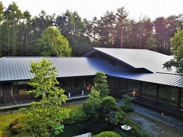 蓼科高原荘屋根写真 (11)