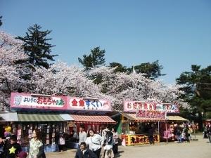 190422露店と桜
