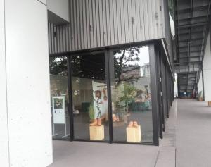 豊洲シビックセンター1Fギャラリー