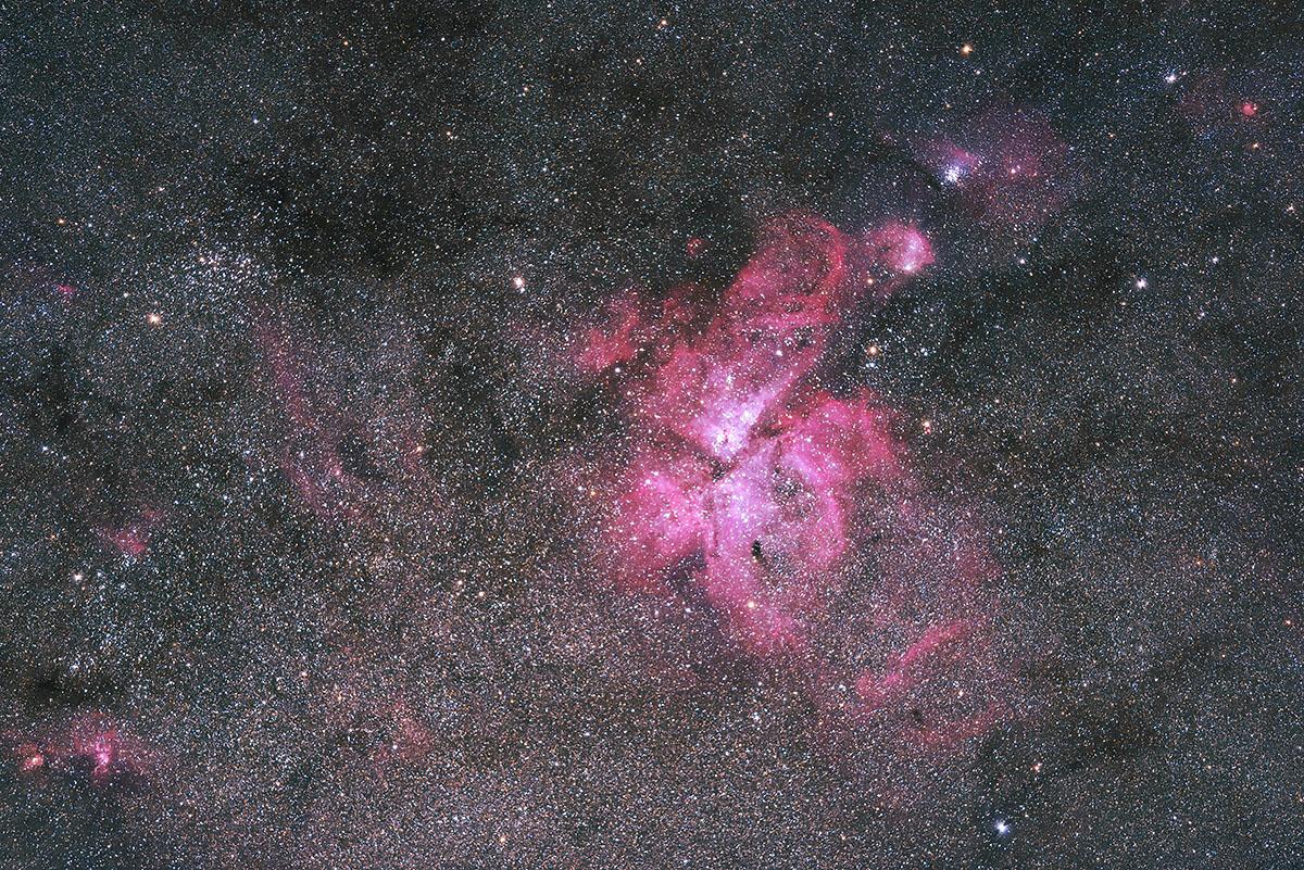 180515_d810a_300mm_f28_1799_1806_8_stella_image_1200_2.jpg