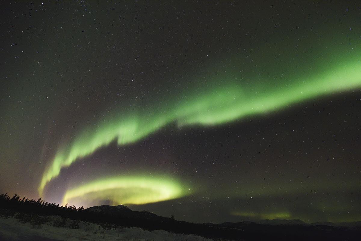 aurora_190201_wh_d810a_14mm_f18_2s_iso3200_1936_1200.jpg