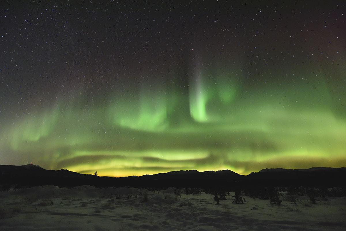 aurora_190201_wh_d810a_14mm_f28_4s_iso3200_2203_1200.jpg