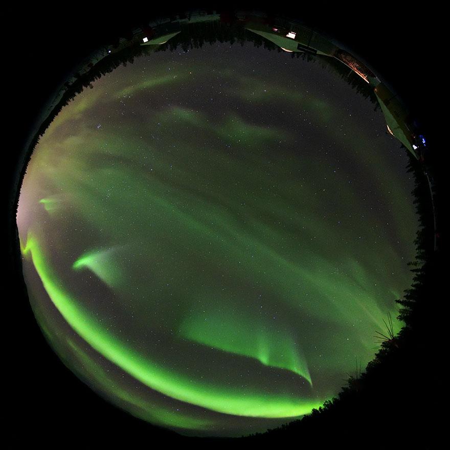 aurora_190201_wh_d850_8mm_f35_5s_iso3200_9031_880_190818.jpg