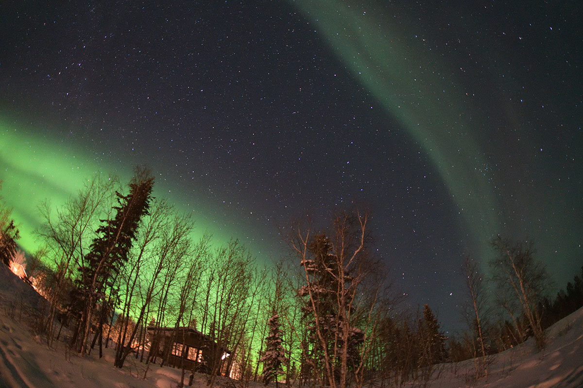 aurora_190206_yn_d850_15mm_f28_5s_iso3200_9688_1200.jpg