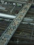 2.新宿南口:高島屋への跨線橋-03D 0701q