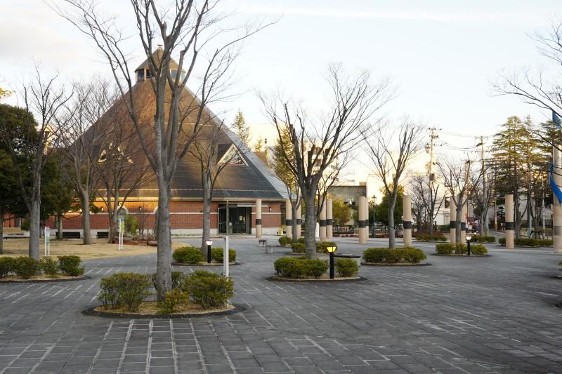 21st_century_memorial_park.jpg