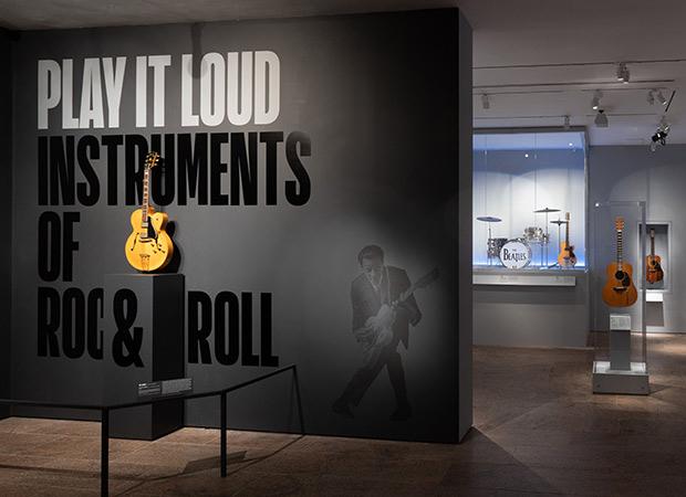 Play it Loud : Instruments of Rock & Roll