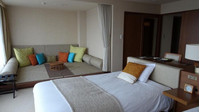 部屋と風呂 (2)