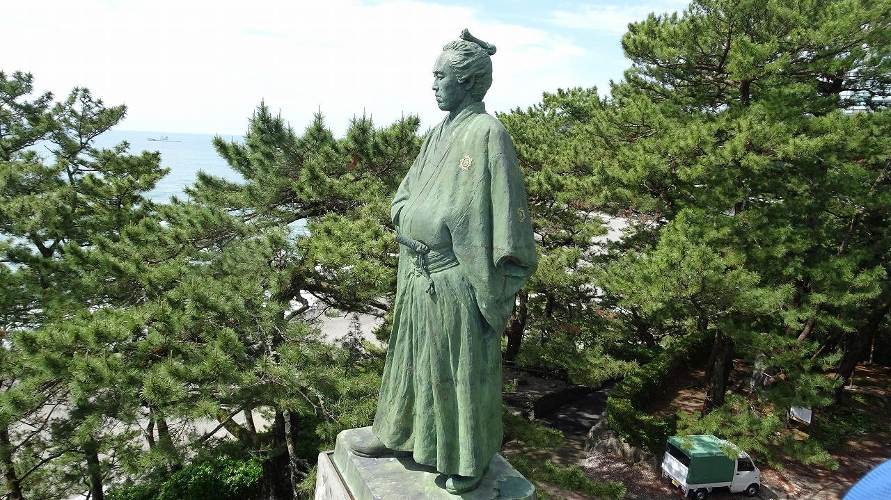 桂浜と坂本龍馬 (2019年5月)