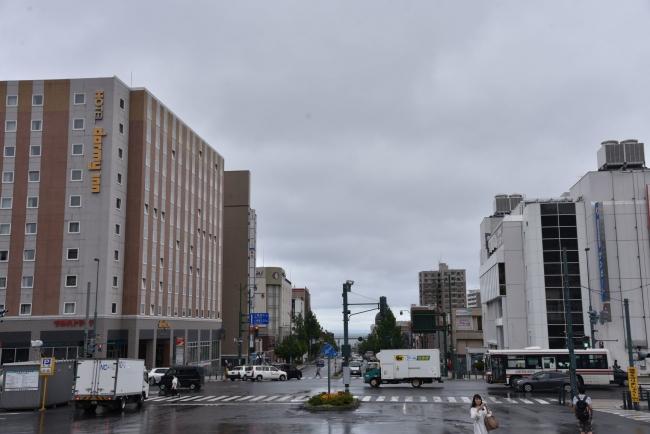 26小樽駅前